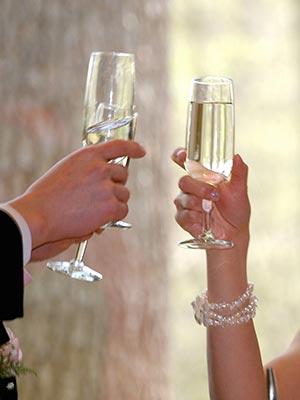 結婚式の記念品や出産祝いにコースター